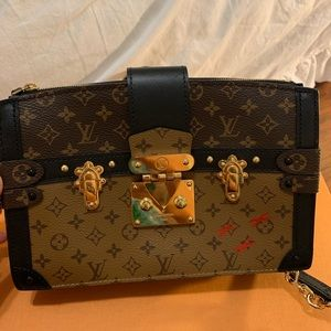 AUTHENTIC Louis Vuitton Trunk Clutch. Almost new